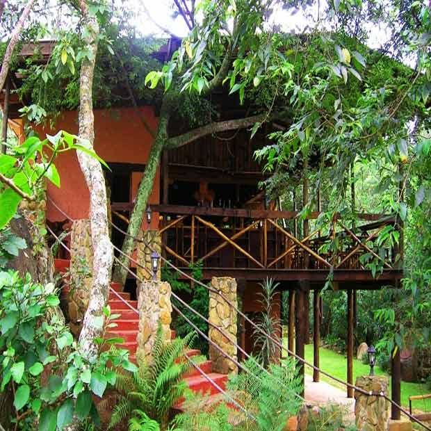 Mvubu-Falls-Lodge