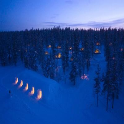 Snow-and-Glass-Igloos_Kakslauttanen-lodge