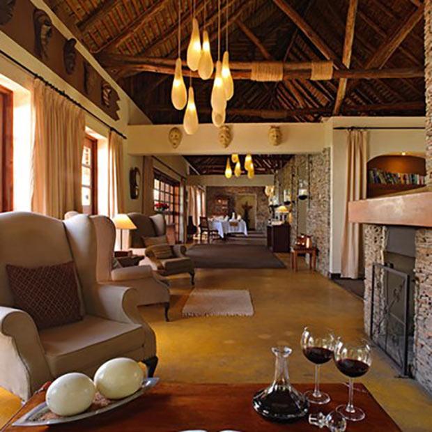 mara-camp-salon-misterlodge-lodge-kenya