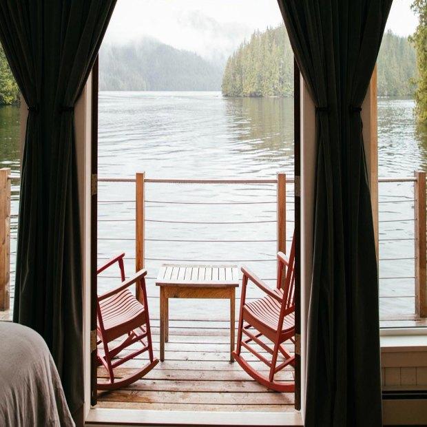nimmo-bay-resort-lodge-vue